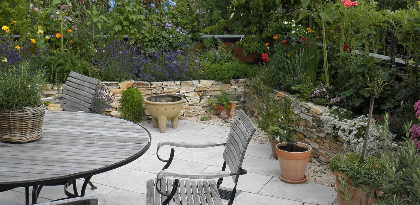 terrassen ein st ck vom gl ck r egg gartendesign. Black Bedroom Furniture Sets. Home Design Ideas